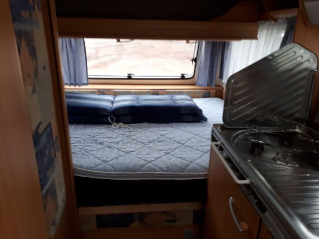 Wohnwagen Etagenbett Knaus : Wohnwagen knaus südwind qsk mit etagenbett modell caravan